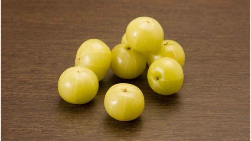 Top Benefits Of Consuming Amla Every Morning